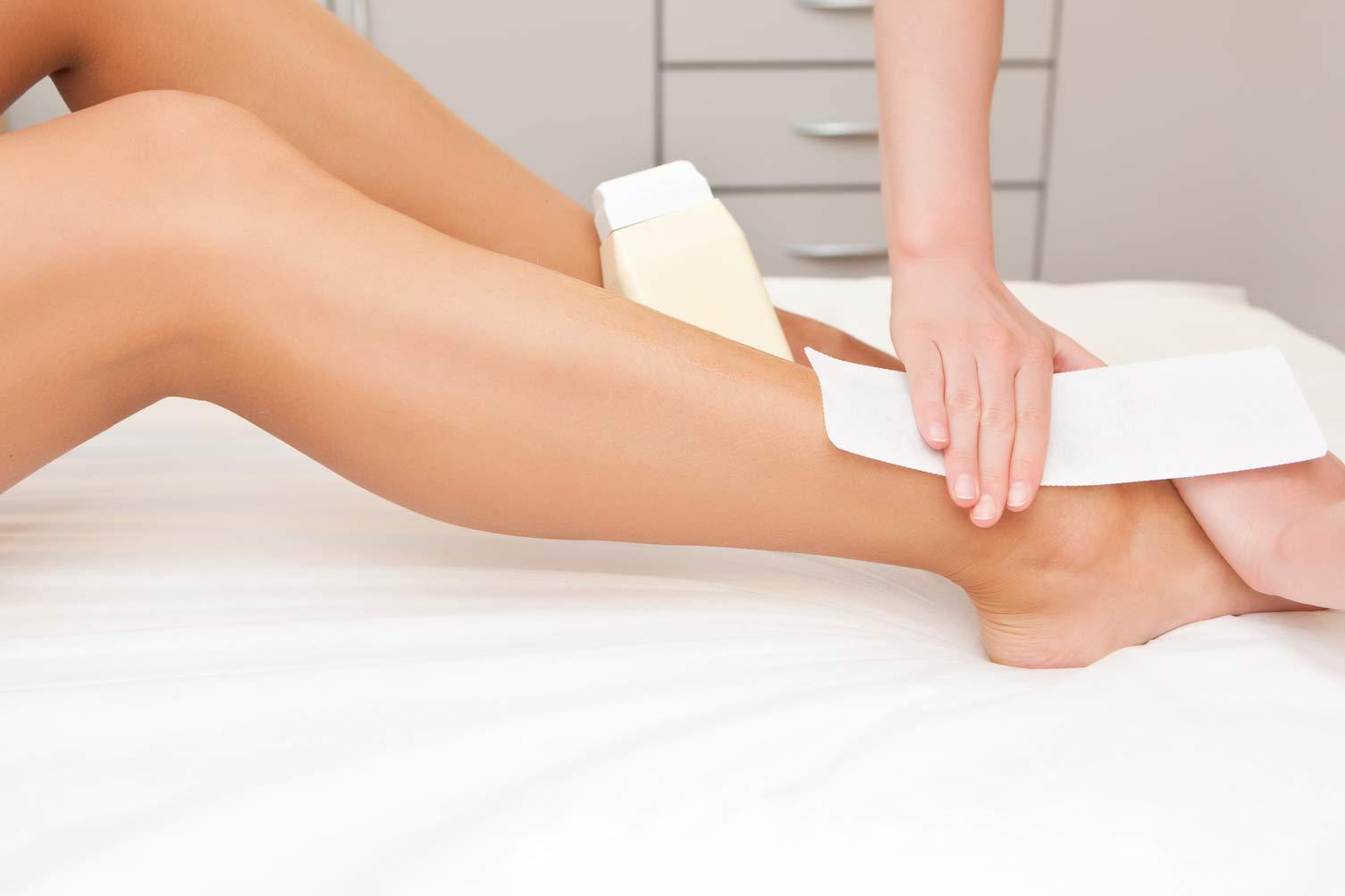Full Leg Wax At Metamorphosis Day Spa in NYC