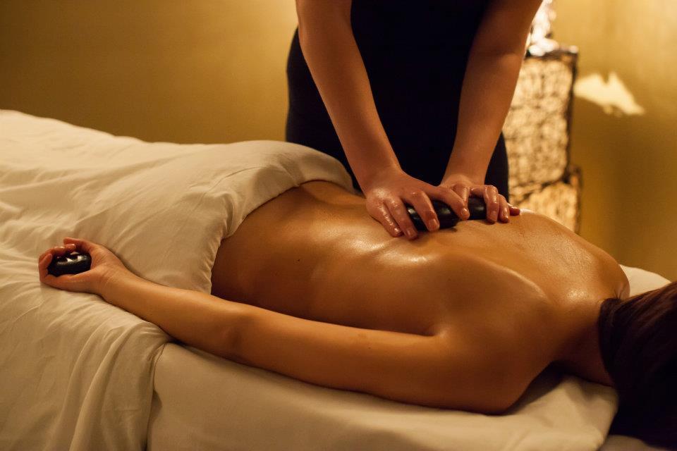 Warm stone massage-6103